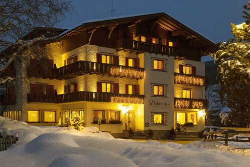 Hotel Dolomiten im Winter