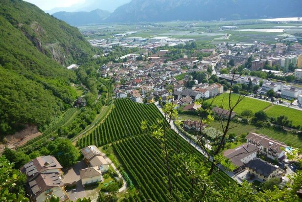 Laives and the southern Val d'Adige