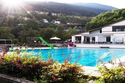 Open air swimming pool Mühlbach / Rio di Pusteria