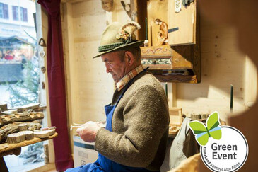 The South Tyrol Christmas Markets are certified as a Green Event | © Magnolia